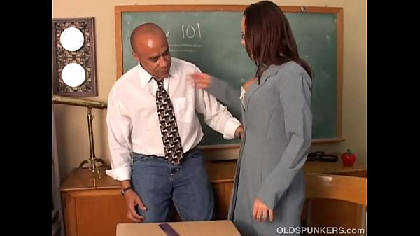 Sunny is a sexy MILF with lovely big tits who l...