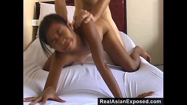 Sex Tourist Bangs A Skinny Chick