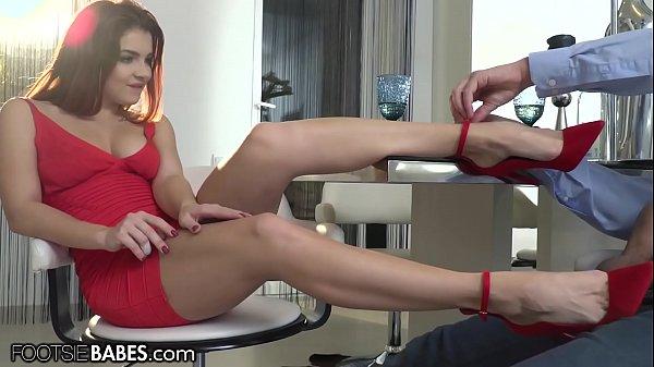 FootsieBabes Redhead Date Turns Into Feet Fetish