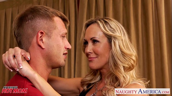 Busty blonde mom Brandi Love suck and fuck cock Thumb