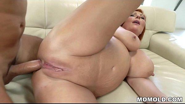 Phat ass mature loves anal sex