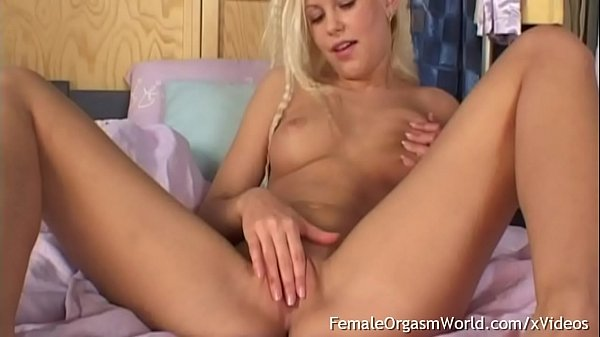 Hot Amateur Teen Masturbates Her Shaved Pussy with Double Vibrators Until She Cums