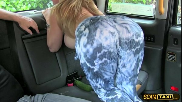Big butt woman gets fucked hard in the taxicab and remunerated a hot cum
