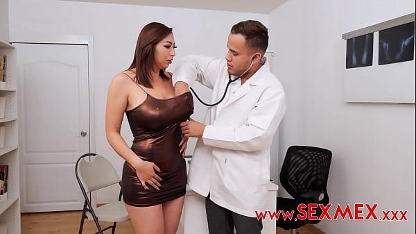 KARI CACHONDA - SHE GETS HER MEDICINE