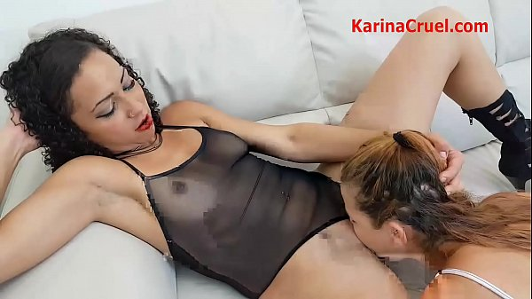 Sucking Jennifer´s Mature Pussy With Cum