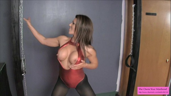 Leena Sky Wants to Fuck Your Ass