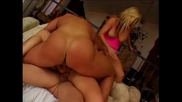 Blonde babe handles two dicks at once in cunt and ass