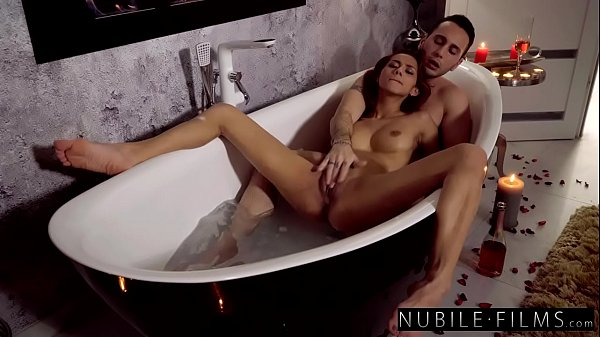 Romantic Bathtub Fuck with Petite Brunette Vero...