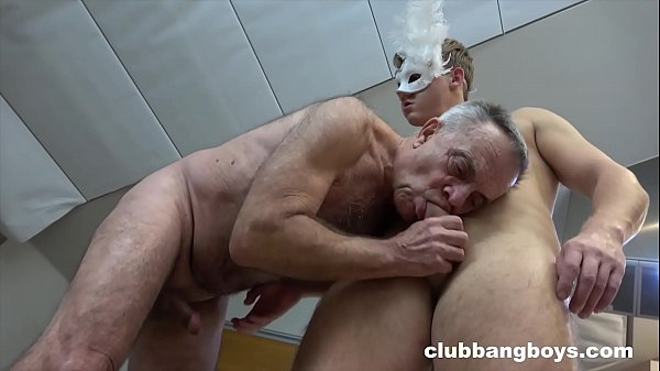 Old stepdad sucks his stepson's dick and gives best rimmjob Thumb