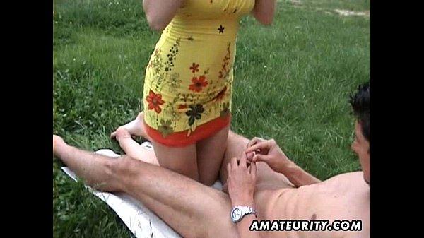 Hot amateur girlfriend sucks and fucks outdoor with cumshot