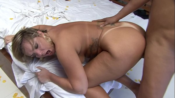 Alessandra Maia takes cumshot on her ass after ...