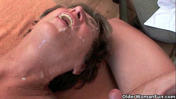 Cum hungry gilfs take a warm facial
