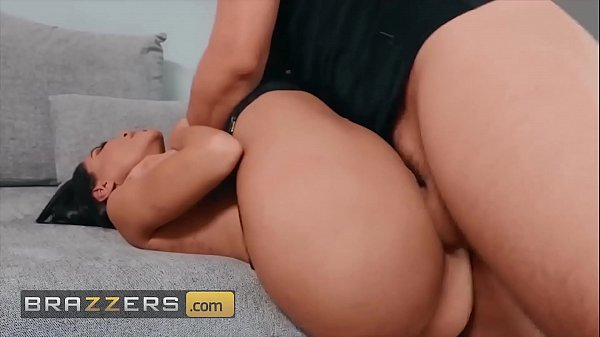 Thick Juicy Latina Lela Star Getting Fucked In Both Holes Covers With Huge Load Of Cum - Brazzers
