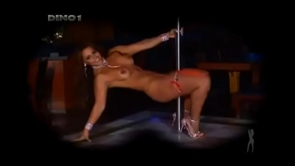 Viviane Araújo - Pole Dance
