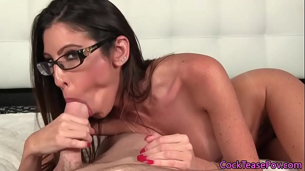 Sexy latina sucking on ock and getting fucked