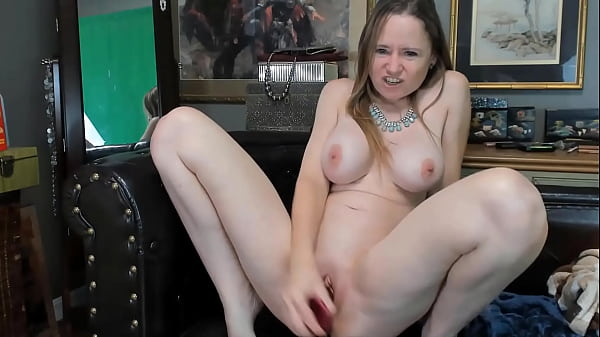 Anal addicted housewife to make your fantasy come true