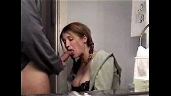 sexy mom sucking big cock & swallowing jizz