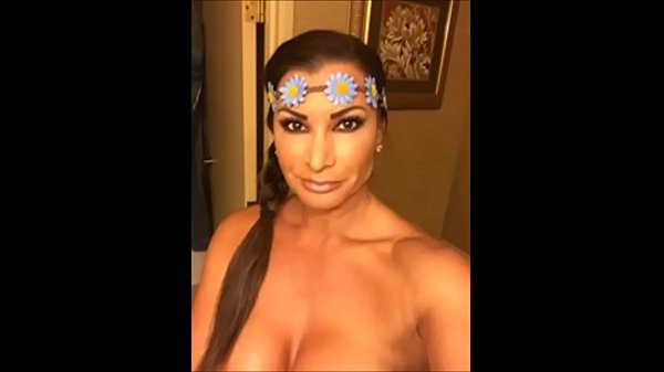 wwe diva victoria nude photos and sex tape video leaked Thumb
