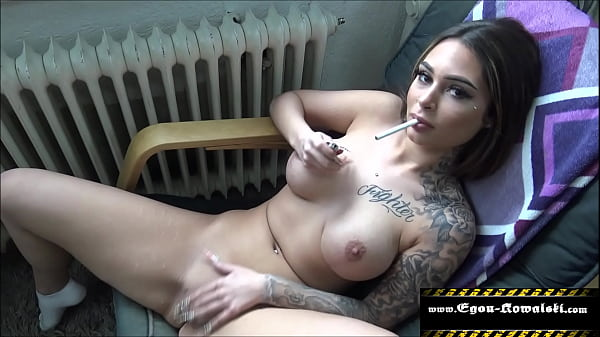 Horny she jerks her pussy in front of me