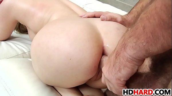 Big booty Harley Jade gets analized