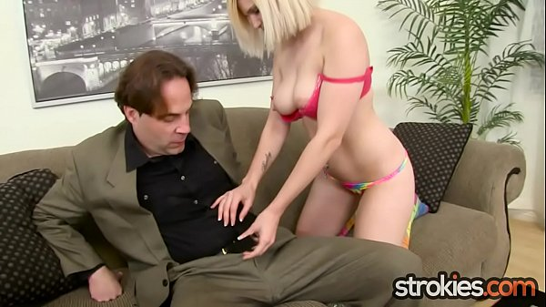 Housewife Raven Dawn Jerks Salesman for Facial