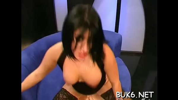 Mature triple pussy sex penetration