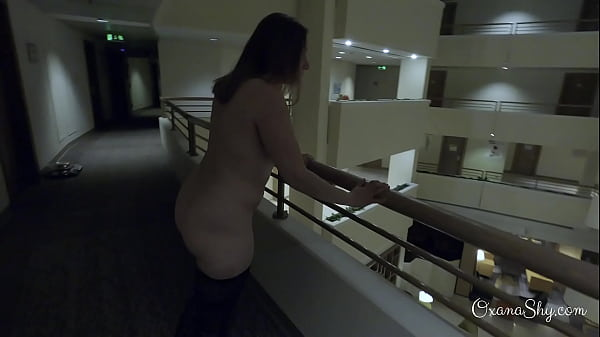 Dared naked in the hotel