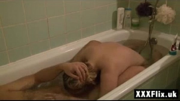 Extreme Blonde Teen Sucking Cock in Bath Deepth...