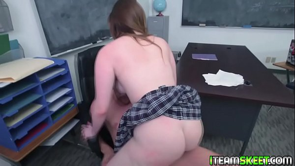 Nerdy teen loves to ride her virgin pussy on to...