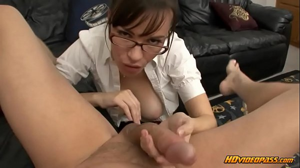 The Good Secretary Blows Her Boss Thumb