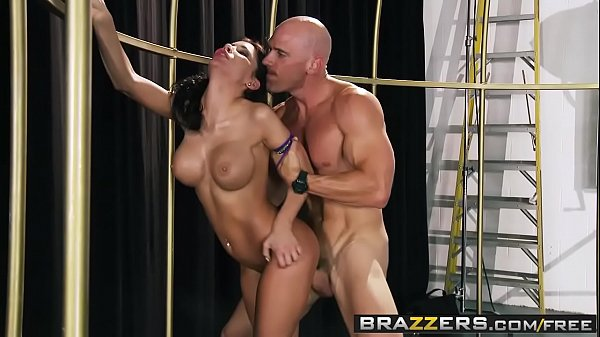 Brazzers - b. Got Boobs - Aleksa Nicole and Joh...