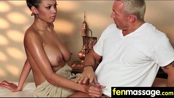 Sexy Masseuse Helps with Happy Ending 11 Thumb