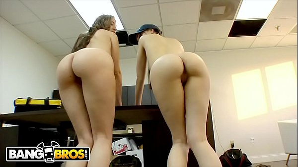 BANGBROS - Big Booty Cable Providers Kelly Divine and Sasha Grey Deliver The Goods