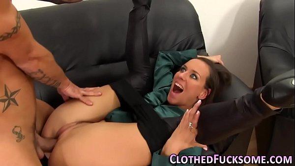 Sucking glam slut spunked Thumb