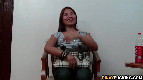 Filipina Amateur Meets And Fucks A Stranger Thumb