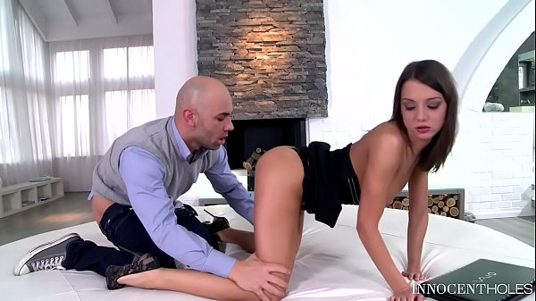 Teen Nympho Foxy Di gets that Tight Pussy inten...