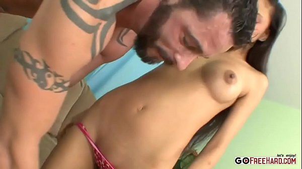 Alexis Love Has A Very Hot Body That Begs To Be Fucked