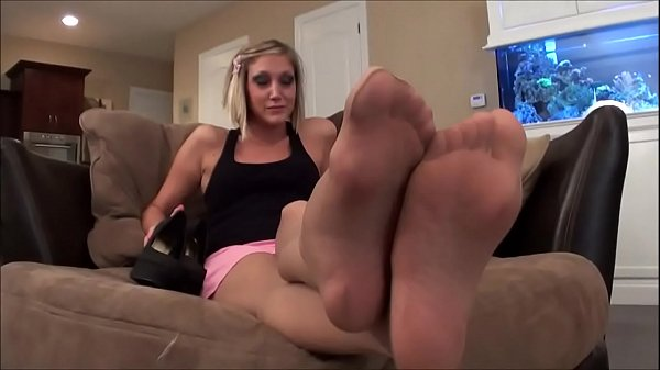 Jack Off to your Big Sister's Feet