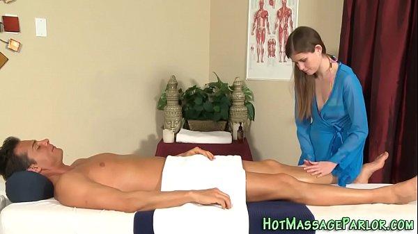 Massaging cutie jizz face