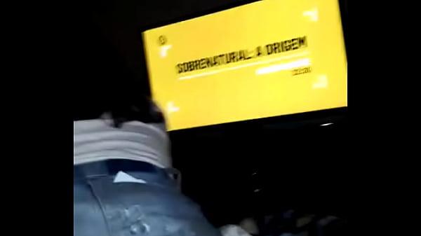 Mentre il marito è andato per la benzina film porno