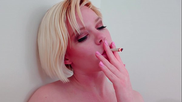 Naughty Teen Pearl Sinclair Sucking and Blowing...