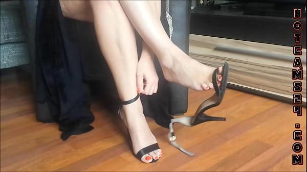 Sexy legs and high heels dangling - hotcams24.com Thumb