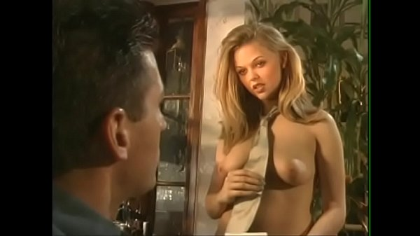 Stunning blonde floozie Sunrise Adams with dollface wants her muscular lover drills her on the kitchen