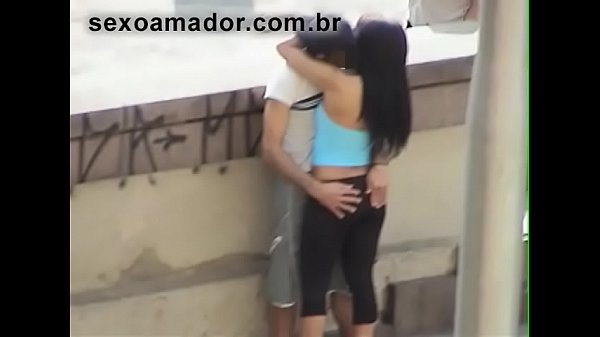 Amateur video caught boy giving his girlfriend ...