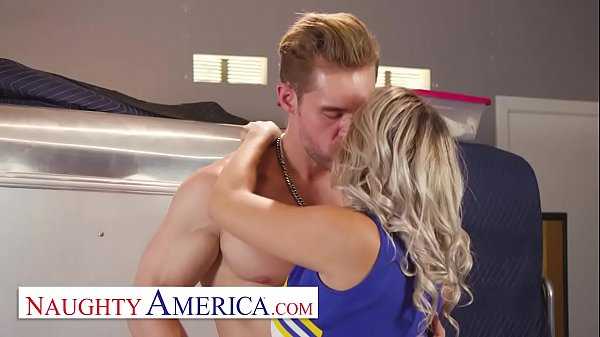 Naughty America - Harmony Rivers gives her frie...