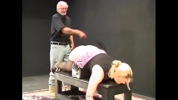 Fat-ass blondie Karen whipped