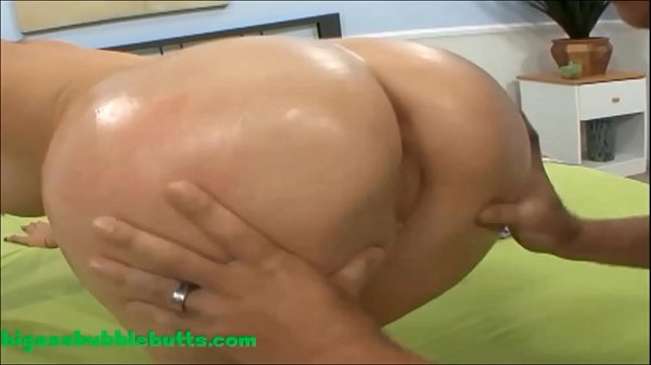 HD pierced pussy bubble ass huge round butt slut with huge boobs gets long cock