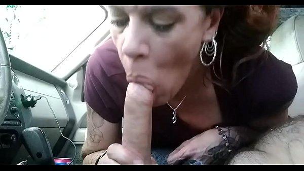 Mature girlfriend sucks cock in car