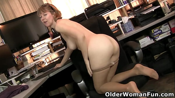 American milf Jamie Foster wants to share her naked body Thumb