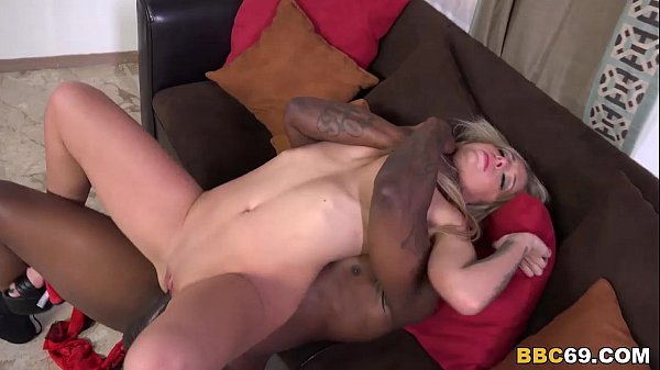 Madelyn Monroe Tries Anal with Black cock